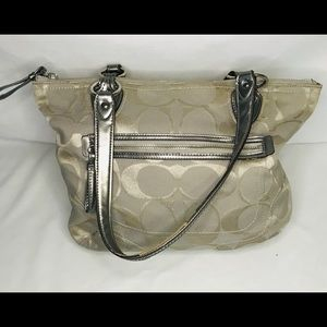 Authentic Coach purse 23261